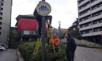 Posato il primo cartello: Controllo del vicinato diventa realtà