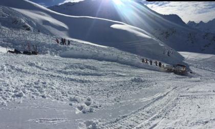 Valanga a Livigno, recuperata una persona sotto la neve