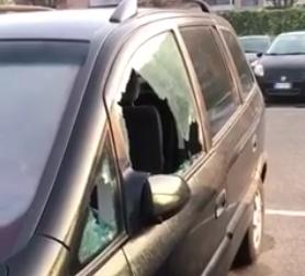 Vetri rotti e portiere forzate: furti sulle auto in sosta