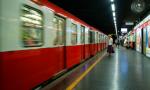 Circolazione sospesa sulla metro rossa per un suicidio