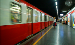 Ennesima brusca fermata in metro, Codacons chiede i danni