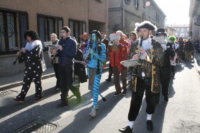 Inizia il lungo Carnevale di Vaprio domani la prima sfilata