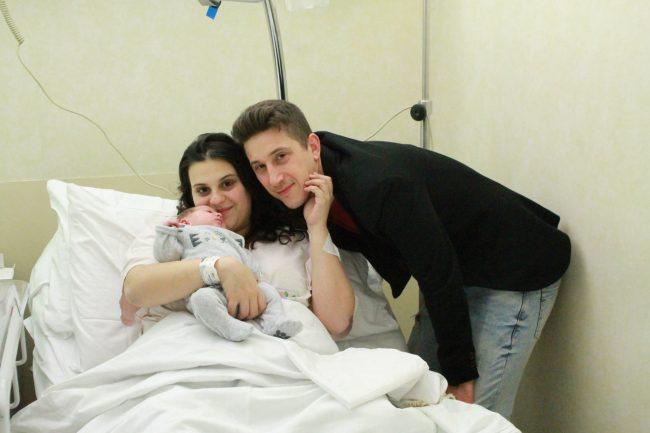 dea miranda con papà luca e mamma giorgia prima nata 2019 melzo