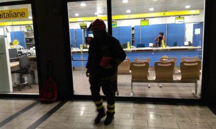 Principio d'incendio in posta, arrivano i pompieri