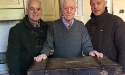 Donata alla parrocchia di Brembate la cassetta militare di don Todeschini