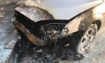 Capodanno di fuoco: auto incendiate e cestini rifiuti distrutti