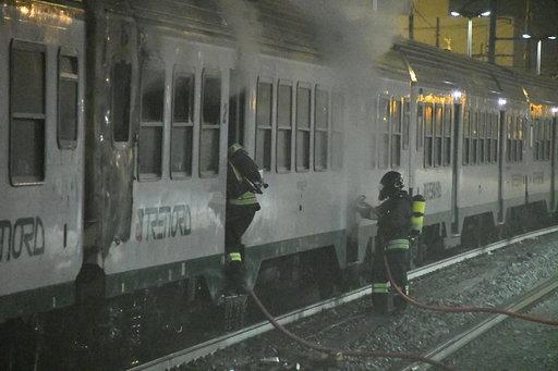 treno in fiamme greco pirelli
