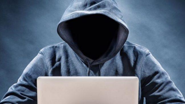 """Nuova truffa online del finto """"Centro Assistenza"""". La Polizia Postale &#8220&#x3B;Fate attenzione&#8221&#x3B;"""