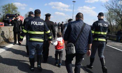 Terrore sul bus dei bambini: voleva fare una strage FOTO E VIDEO