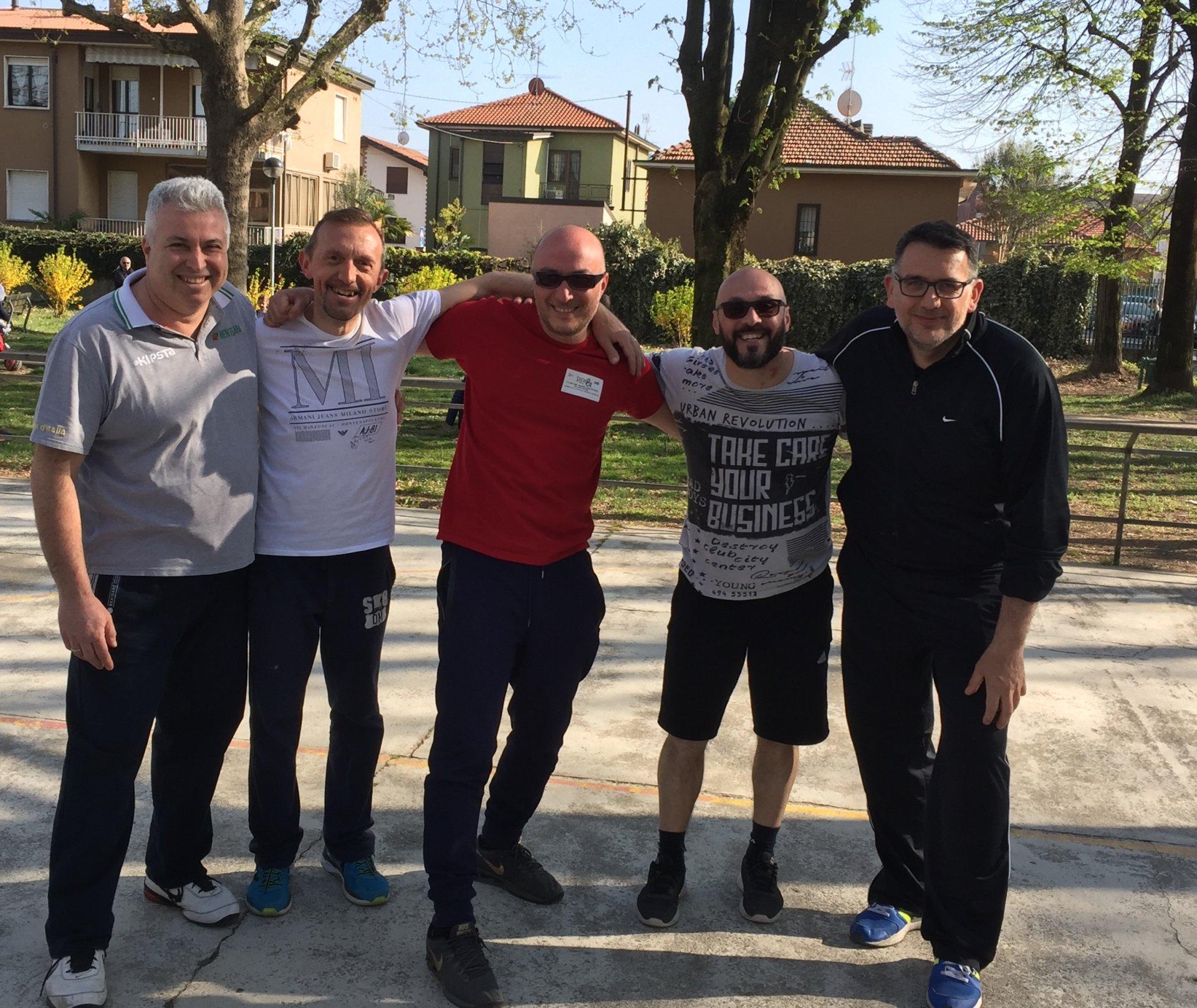 Al parco Deledda in campo per sostenere il progetto street basket Melzo