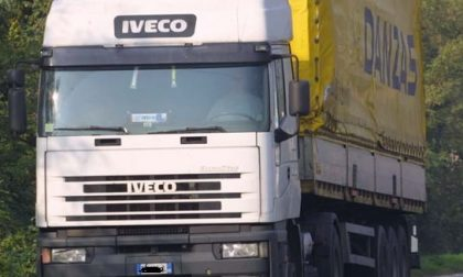 In Italia non ci sono più camionisti, il modello Lombardia per formare e trovare lavoro