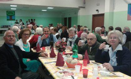 Pranzo sociale Acli Cologno Monzese più di centotrenta persone per festeggiare un presidio di sostegno e integrazione