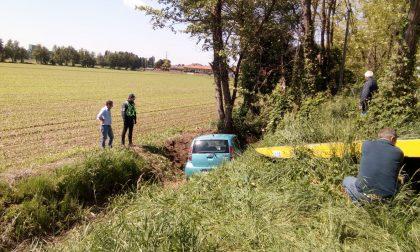 Auto ribaltata sulla Bettola-Sordio, incidente in codice rosso e intervento dei pompieri