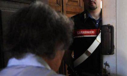 Anziani aggrediti in casa da truffatori con spray urticante