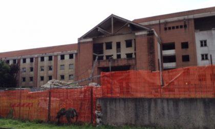L'albergo incompiuto di Italia '90 sarà abbattuto entro la fine dell'anno