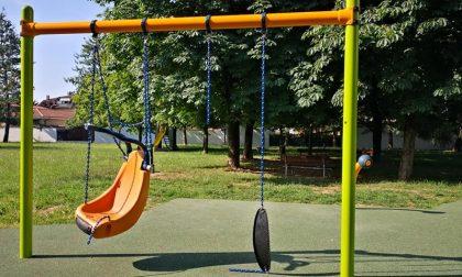 Sfregio al parco giochi inclusivo di Cassano d'Adda FOTO
