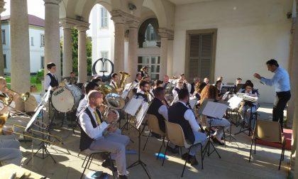 Grande parata per i 140 anni della Banda de Cernusc