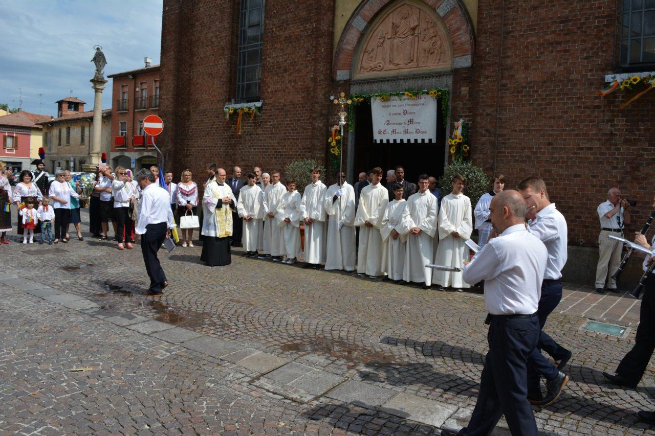 Melzo arcivescovo Mario Delpini in visita chiesa Sant