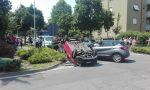 Carambola tra tre auto, una si ribalta: paura a Pioltello FOTO