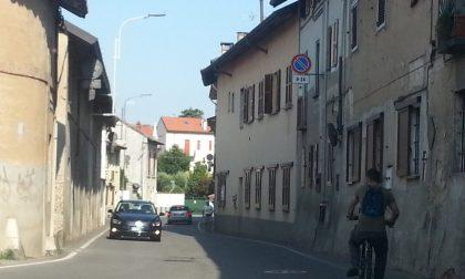 L'ex sindaco chiede il senso unico in via Monte San Michele a Gessate