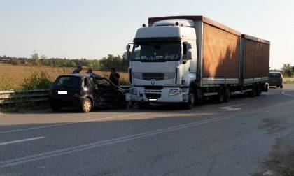 Incidente con un mezzo pesante sulla Sp179, occhio al traffico