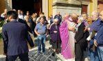 Muore d'infarto alla festa per l'ingresso nella nuova comunità del figlio prete
