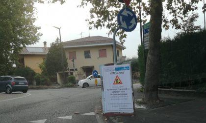 Chiusa per tre giorni via Dante a Cernusco sul Naviglio per lavori