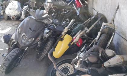 Maxi sequestro di moto e ricambi a Gessate