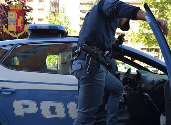 Fornivano falsi permessi di soggiorno: tre arrestati - La ...