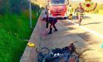 Ciclista travolto da un'auto in vacanza in Sardegna e portato in ospedale in elicottero