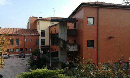 Nuovo caso Covid all'Rsa di Cassano, stop (di nuovo) alle visite dei parenti