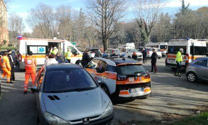 Dimessi cinque dei sette intossicati nell'incendio di Cernusco