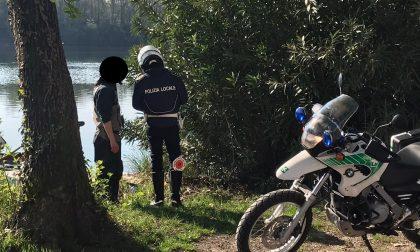 Emergenza Coronavirus, la Polizia Locale a Trezzo sull'alzaia multa un pescatore e un uomo che prendeva il sole