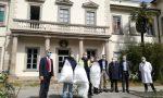 Farcom consegna trecentosessanta camici all'azienda ospedaliera