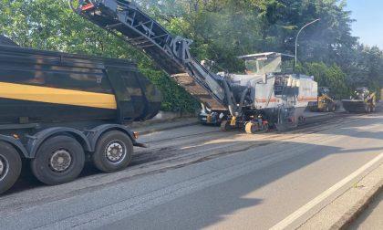 Città metropolitana approfitta dell'emergenza per asfaltare le strade