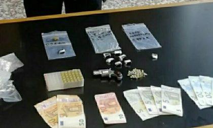 Cocaina, contanti e pistola rubata: arrestato 46enne