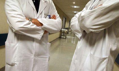 """""""Curato l'occhio sbagliato"""", il padre di un bimbo di 8 anni ha denunciato due medici"""