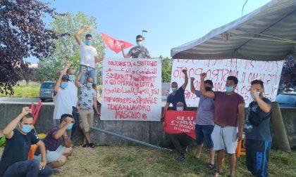 Assemblea popolare alla tenda del lavoro di Grezzago per parlare di diritti