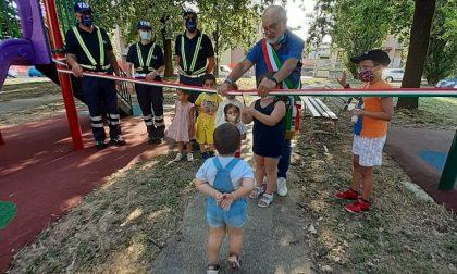 Taglio del nastro ai nuovi parco giochi per i bambini di Capriate