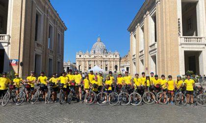 """""""Siete stati bravi"""". Il saluto del papa ai giovani pellegrini in bicicletta di Cernusco sul Naviglio"""