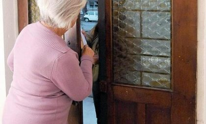 """Anziana truffata : """"Nonna ho il Covid, mi servono soldi"""". Le portano via 100mila euro"""
