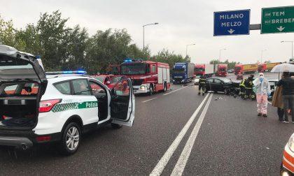 Incidente sulla Sp103, due ventenni coinvolte.  Riapre la strada