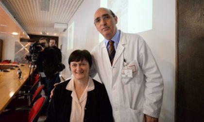 Dieci anni fa il primo trapianto di mani in Italia: Carla Mari, operata a Monza, oggi sta bene