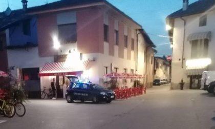 Aggressione davanti al bar, denunciati quattro albanesi