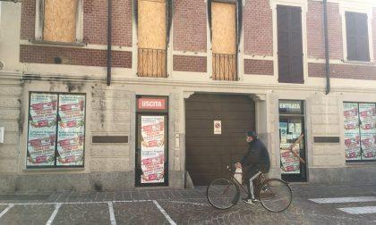 Un devastante incendio e due lockdown: negozio chiude dopo un secolo di vita