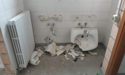 Devastante raid dei vandali al centro sportivo di Cassina de' Pecchi FOTO