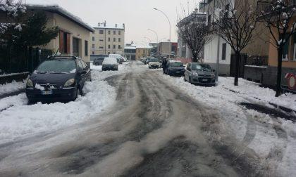 """Residenti di Melzo intrappolati nel ghiaccio: """"Qualcuno deve rispondere dei disagi provocati"""""""