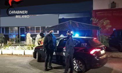 """Festa di compleanno """"proibita"""" con servizio al tavolo nel locale: arrivano i Carabinieri"""