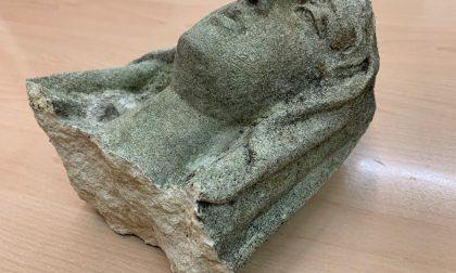 A Cernusco una Madonnina decapitata e una statua in pietra danneggiata