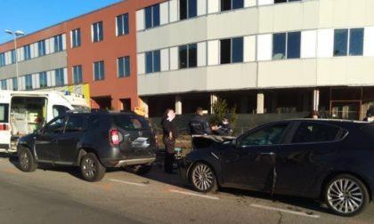 Provoca un incidente alla guida di un'auto senza assicurazione: scatta il sequestro